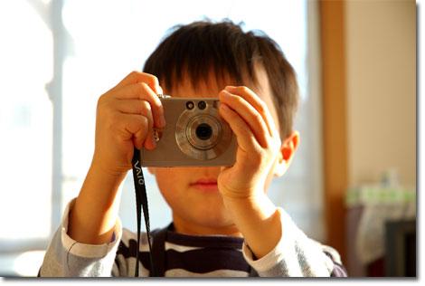 35mm換算で27-105mm相当という画角は室内でも使いやすい(^^)