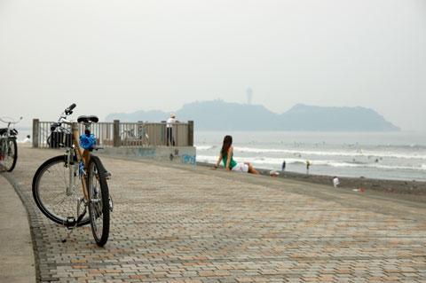 朝から江ノ島。家から15分で到着。