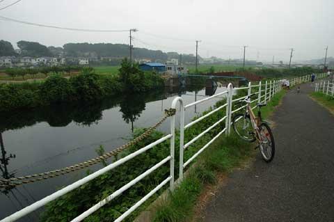 10kmさかのぼっても川&たんぼ。