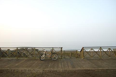 こちらは辻堂海岸。朝はどこも人が少なくて別世界。