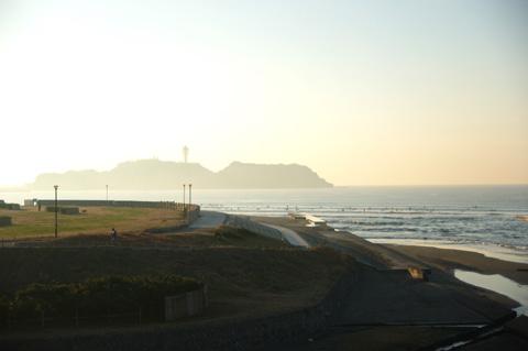 久しぶりの江ノ島はさわやかな空気に包まれていました。でも,寒い・・・。