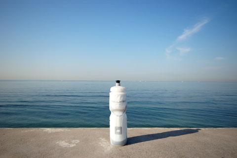 七里ヶ浜にて。暑い夏は,もうすぐそこ!