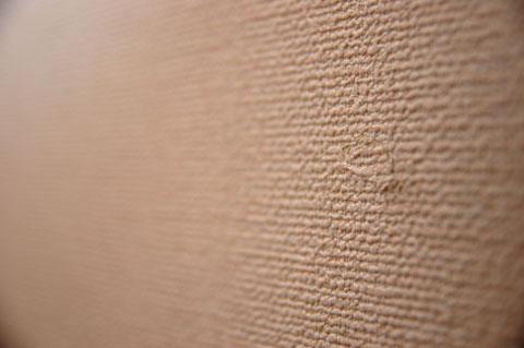 木工用ボンドを薄く塗って,手でゴシゴシこするだけで証拠隠滅完了(^^)v