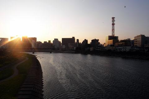 おいらは輪行して帰るので,沼津駅に向かいます。さよ~なら~