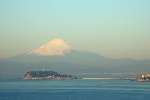 冬の早朝には,いつも富士山を見ることができます(^^)