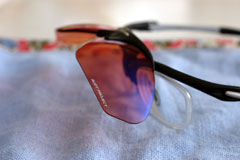度入りレンズとサングラスを組み合わせたException