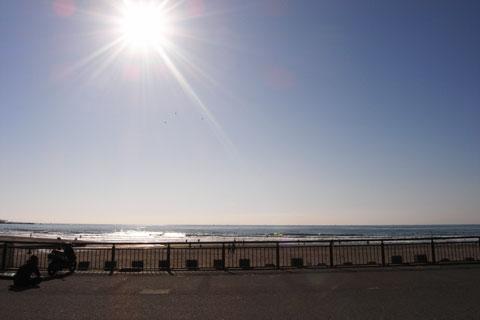 冬は晴天率が高いので,海辺も気持ちいい感じです。