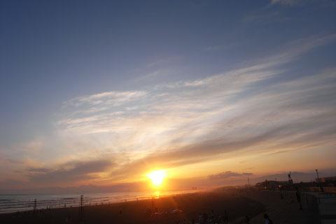 おぉ~,日の入りに間に合った~(^^) RICOH GX100は意外と逆光に強いのです♪