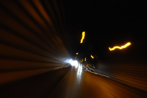 たまたま後続車が居ないから撮れたけど,やっぱり,トンネルは怖いよ~(T_T)