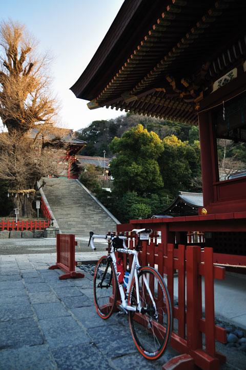 初乗りは,初詣も兼ねていたりします(^^) 鶴岡八幡宮でちゃり~ん(お賽銭)