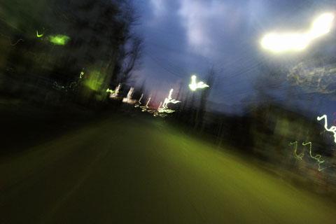 あら? 久しぶりに乗ったら,朝6時半でもこんなに暗いの・・・?