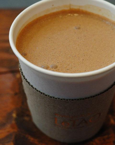 関係ないけど,小樽で飲んだチョコドリンク。スタバではカフェモカが好きです。