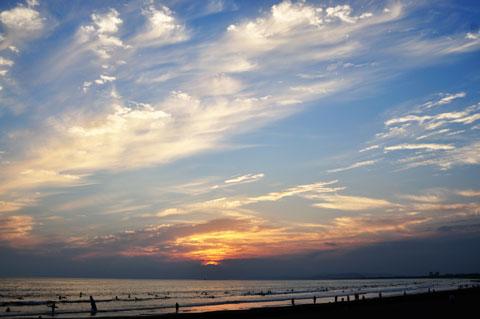 空も高くなってきました。日が暮れるのが早いので,夕日を撮りに出かけやすい(^^)