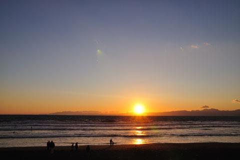 冬は夕日がきれいです。1月,2月も見に行きましょう(^^)
