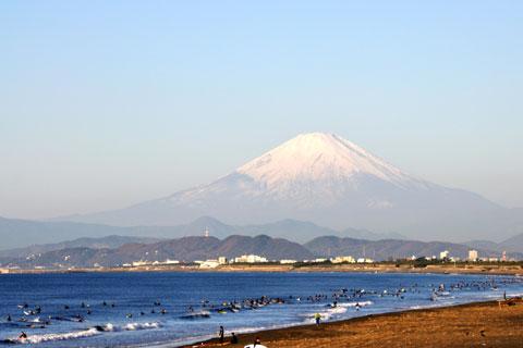 いよいよ富士山も真っ白。これから,どんどん寒くなっていくよ~。