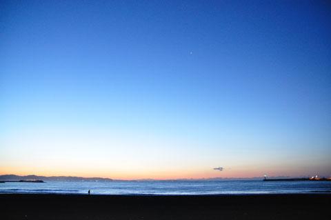 実は2011年は,まだ自転車で日の出を見れていないのです・・・。