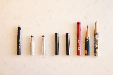 手持ちのエクステンダー達。左から,シンクロタイプ×1,中継ぎタイプ×2,単なるパイプ×3,カズボン鉛筆×2,です。