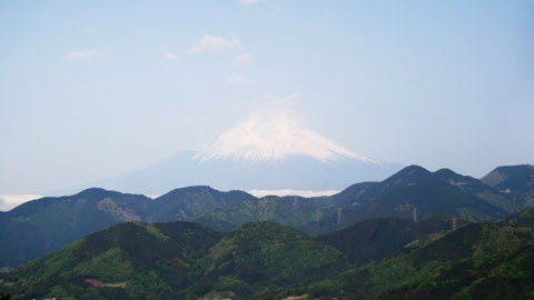 菜の花台からは,富士山が見えました。来月は行くからね~(^^)