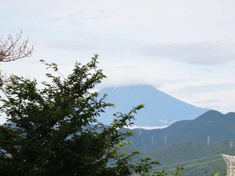 あまりの体たらくブリに,富士山もご立腹気味です。