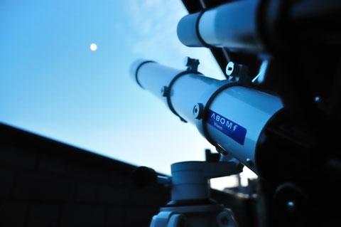 初めて南の夜空に向けられたShiro家天文台の望遠鏡。