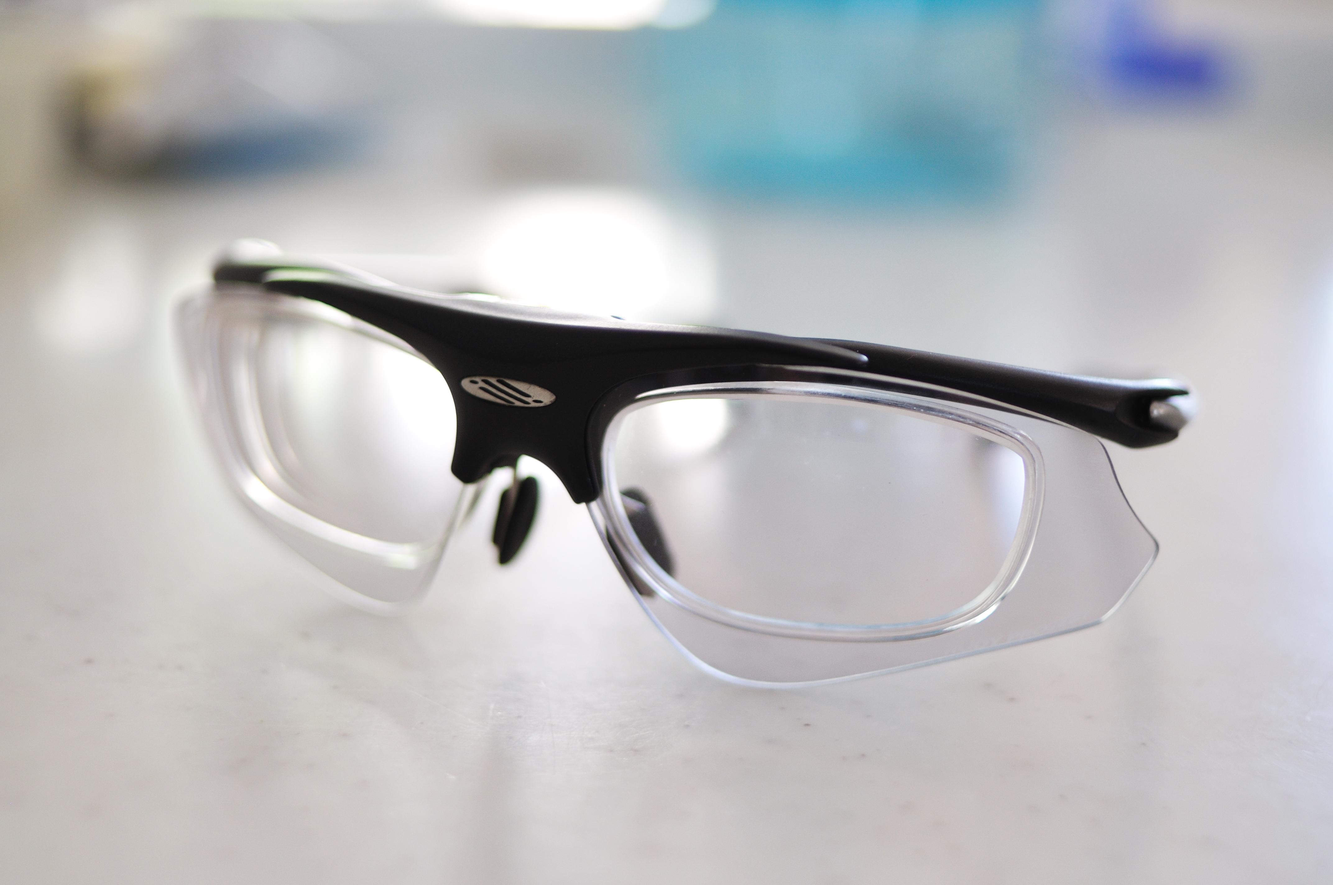 もう,普通に透明なメガネだ(笑) はよ,晴れてくれ~