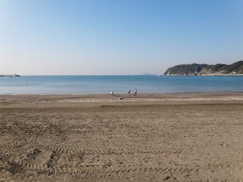 逗子海岸。止まってゆっくりしたいのだけど,走りながらパチリ・・・。