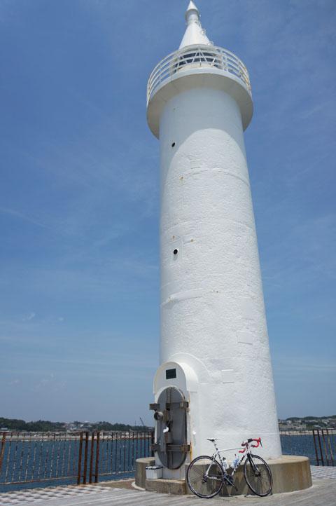 江の島の先端にある灯台で。そういや,久しぶりにココ来たなぁ。