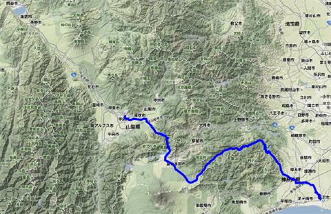 左上の諏訪湖まではかなりありそうだけど,実は70kmです。