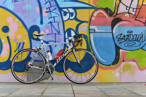 自転車は格好いいつもりなんだけど,本人がオッサンだからなぁ・・・(笑)