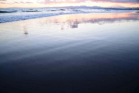 波の引き際で撮るのがコツです(^^)
