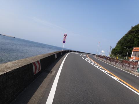逗子海岸を走る。1週間前だし,とにかく気持ちよく走ることがイチバンかな(^^)