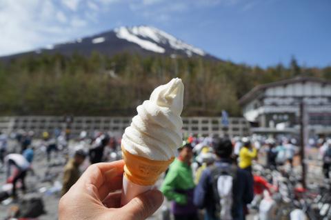 今年も,この場所でみんなとアイスを食べよう!(去年は2個食べました♪)