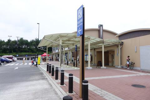 道の駅「すばしり」にて一休み。平日ですが,ロード乗りの方がちらほら。