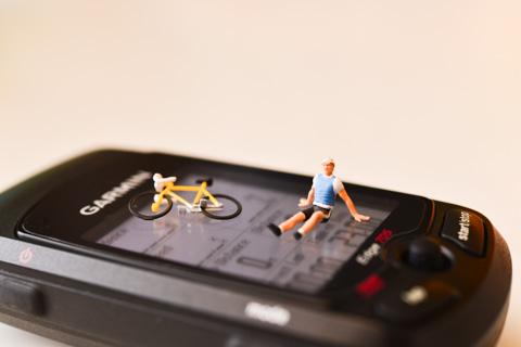 あんまり無理すると,ばったりと倒れます(笑) 最近,お気に入りの自転車フィギュア(^^)