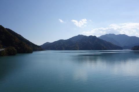 晴れた日の宮ヶ瀬湖は本当に自転車天国です・・・(^^)