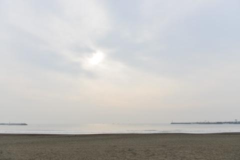 超ローコントラスト風景@片瀬海岸
