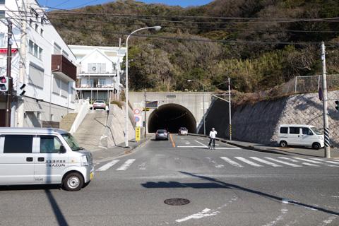 スタート地点はすぐトンネルです。