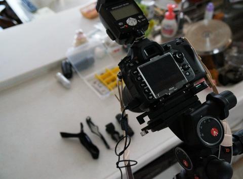 Nikon D600,マクロレンズ,ストロボ,巨大三脚,レリーズケーブル・・・。