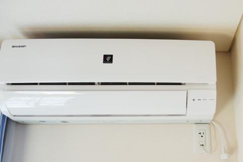 我が家もエアコンを年末に買いました。微妙に駆け込み購入か・・・?