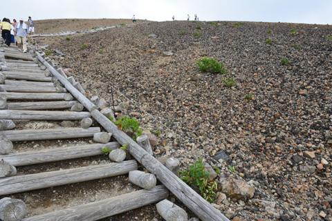 延々と続く階段。もう,見飽きたよ・・・。