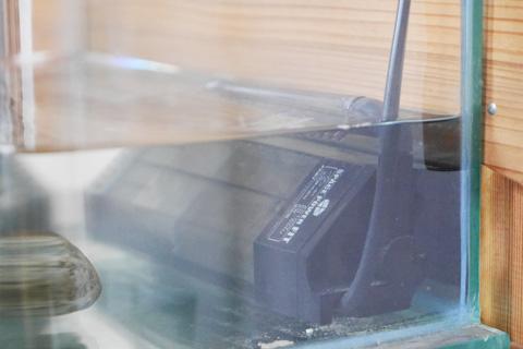Amazonで1500円で購入したフィルタ。水の汚れ・臭いが低減されました。