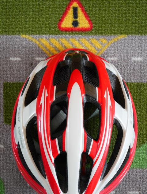 ヘルメットは減る滅人,ノーヘルは脳減る (駄洒落ですが・・・)