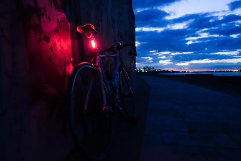 「COB-Xテールライト」の様子。明るくて見やすいです(^^)