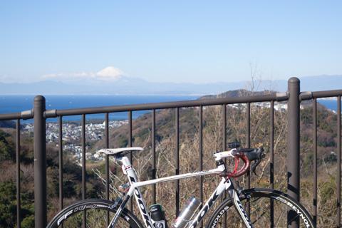 おぉ~,595号と富士山。素晴らしい!