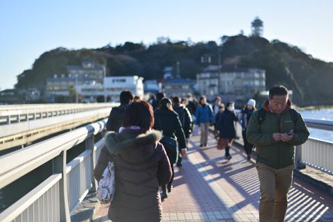 最後の江ノ島神社は,本土側(?)に自転車を置いて,橋を徒歩で渡りました。