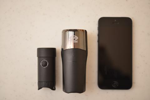 左から,SOL200,HL-EL520,iPhone5