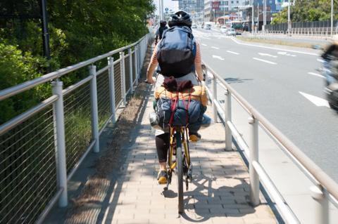 MTBに荷物を背負って,箱根の山をキャンプツーリングしていたこともあるそう・・・。