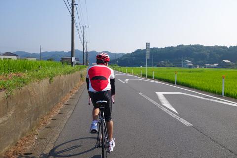 清川村を走る次男坊。なんとも長閑で気持ちいい~♪