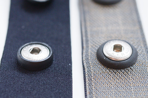 左がPOLAR,右がGARMIN。微妙に端子部の形状が違います。