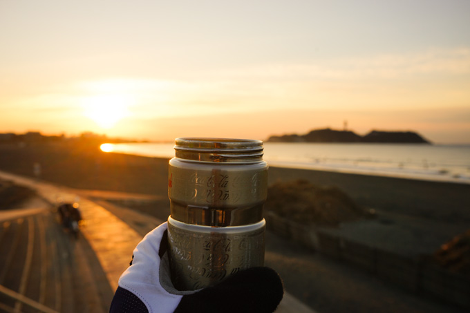 12月31日に今年初登場,温かい紅茶を入れた耐熱ポットです。1月は大活躍か?
